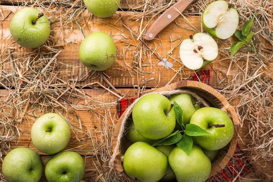 Когда яблоки портят зубы: рассказывает немецкий стоматолог